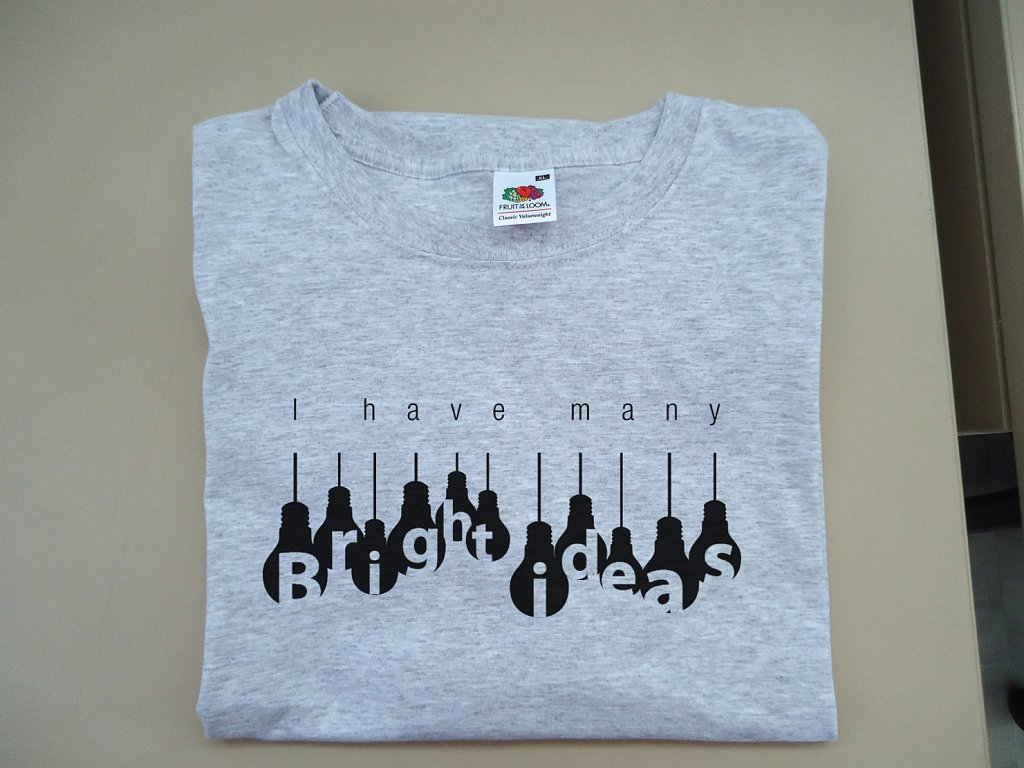 Camiseta-gris.jpg